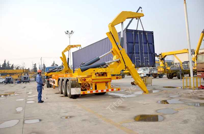 container side loader (2)
